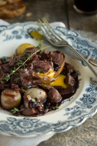 Eggs poached in red wine