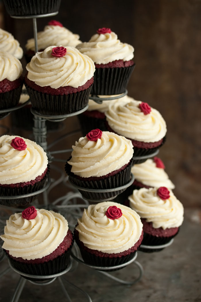 the best red velvet cupcakes