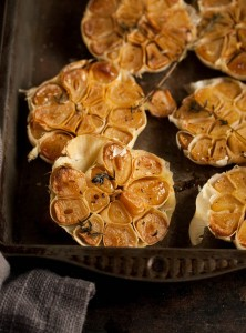 roasted garlic with thyme