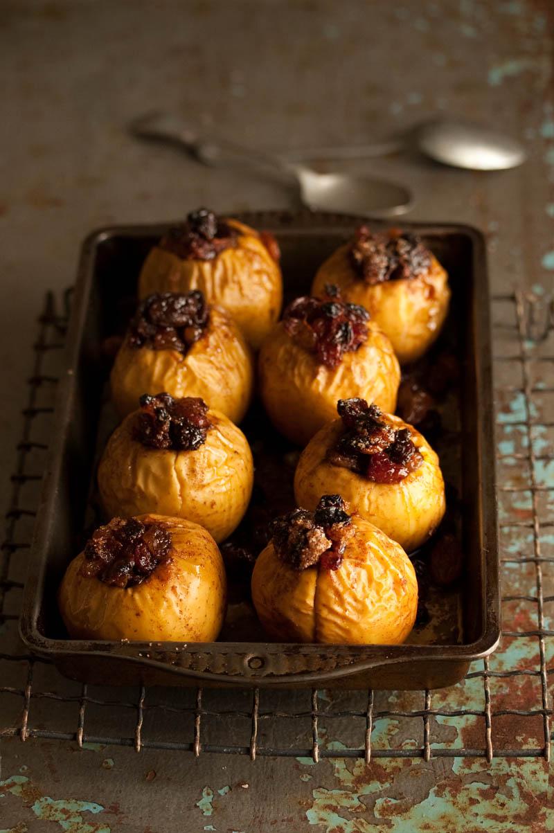 baked xmas apples