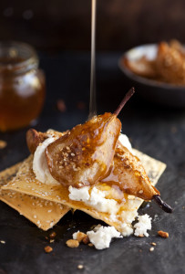 dukkah baked pears with goats cheese and honey