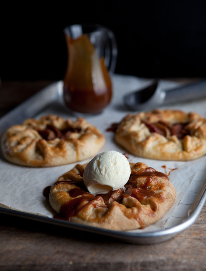 apple galettes with salted caramel