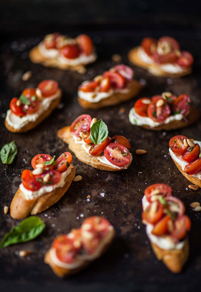 tomato crostini with whipped goats cheese