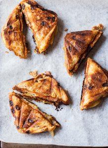 caramelized pear and gorgonzola toasties