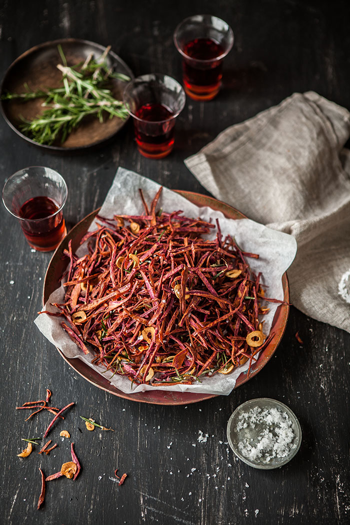 purple sweet potato shoestring fries with rosemary and garlic