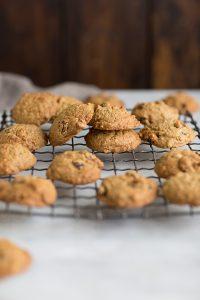 The best oatmeal, raisin & almond cookies