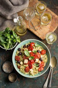 rosmarino pasta with tomatoes, feta and olives