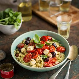 rosmarino pasta with tomatoes, feta and olives