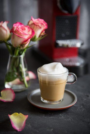How to make a Cappuccino à la rose