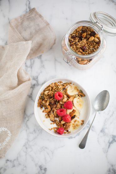 honey nut granola with coconut flakes, gogi berries & seeds