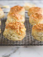Easy lemonade (Sprite) scones with cheese & herbs