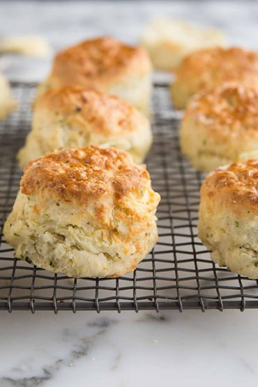 Easy lemonade (Sprite) scones with cheese & herbs