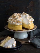 Lemon meringue cheesecake made in a slow & pressure cooker