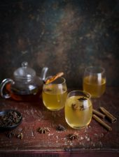 A warm cocktail with lapsang souchong, whisky & lemon