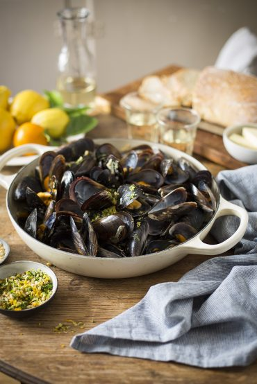 Mussels steamed in orange and fennel