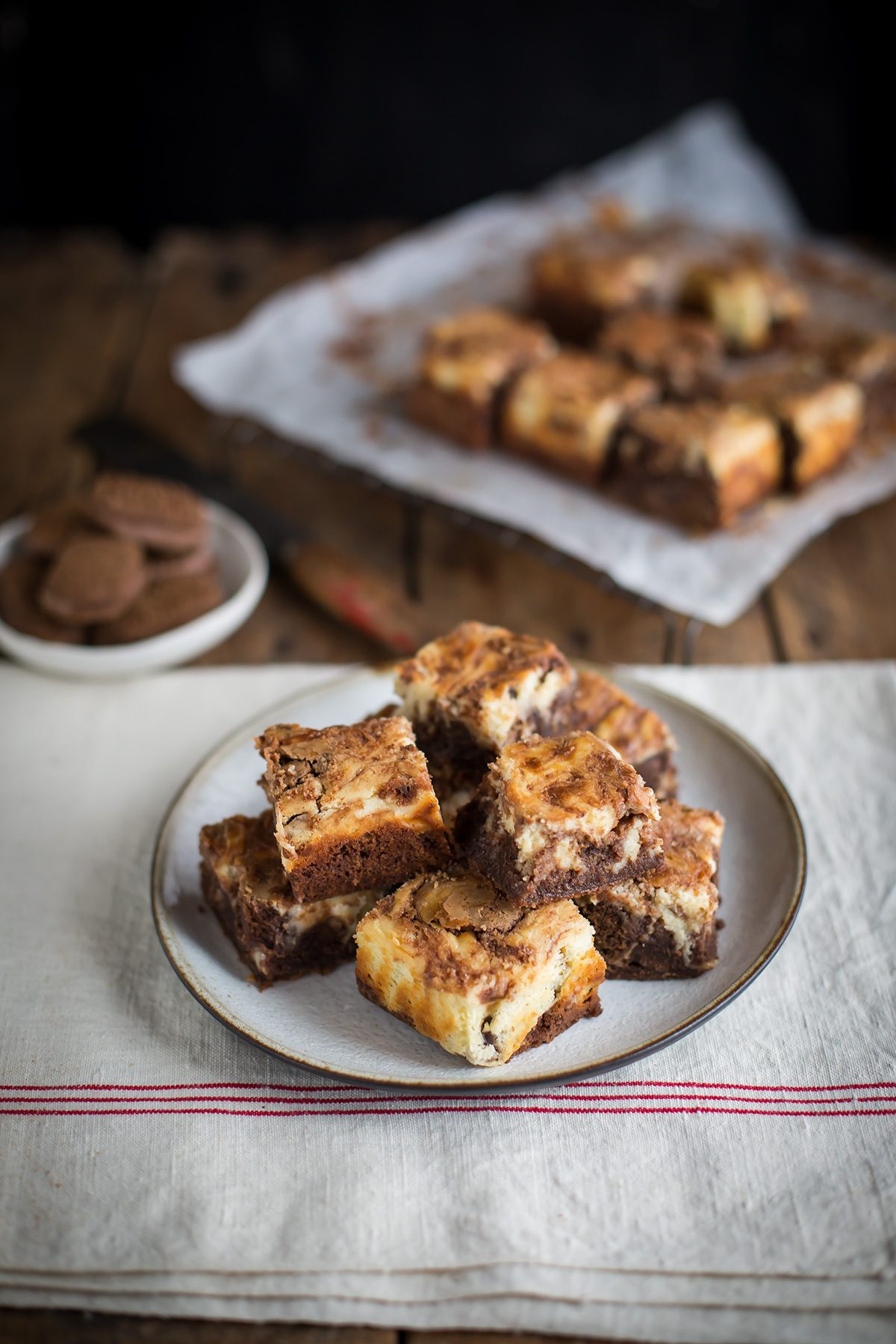 Cheesecake brownie bars with chocolate Romany Creams