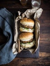Pork burgers with apple & sage