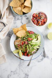 Brown rice burrito bowl with coriander vinagrette & grilled chicken