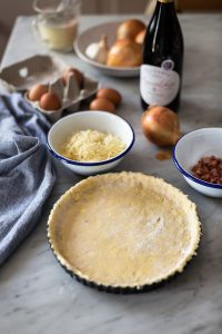 Onion tart with bacon & cheese recipe