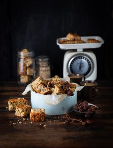 Muesli rusks with oats & raisins recipe , a classic South African bake