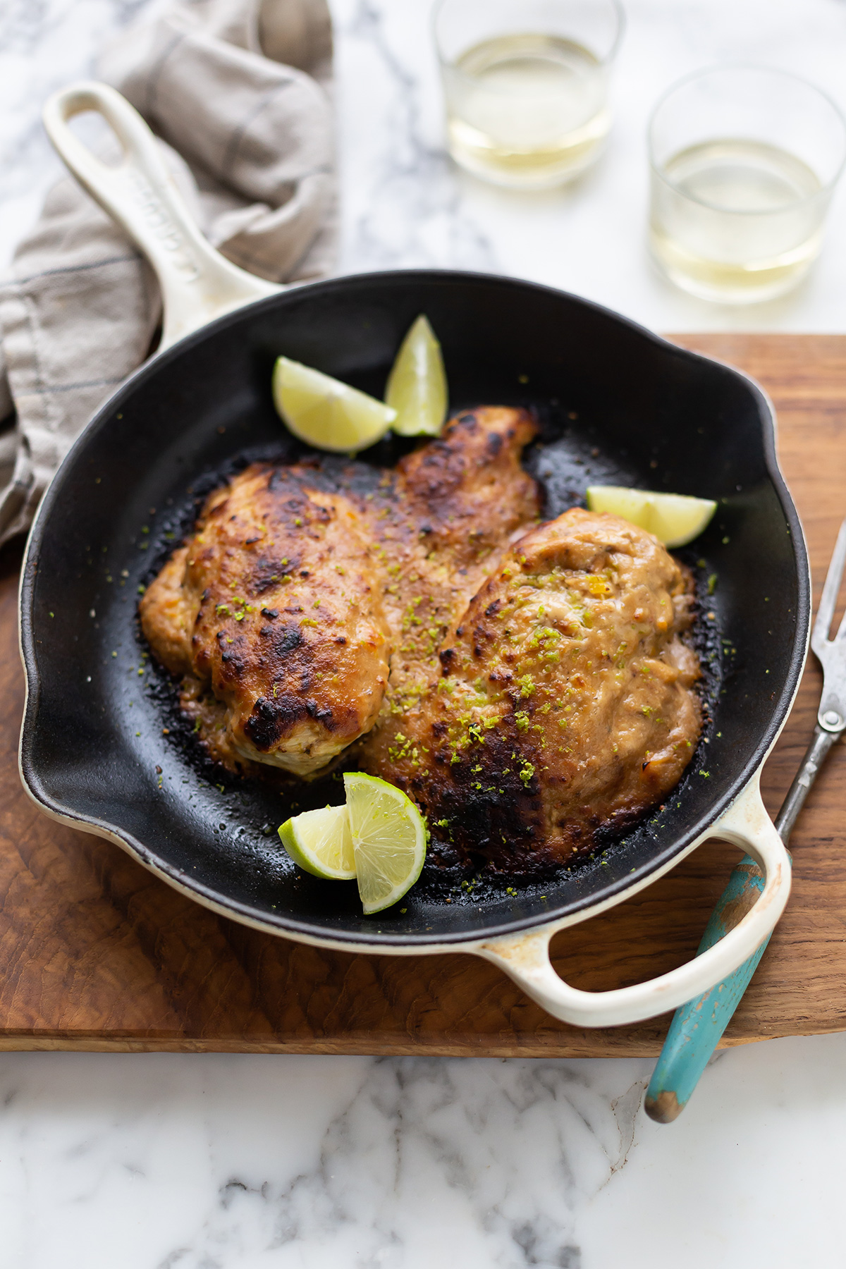 Jamie Oliver's gnarled peanut chicken with a lime and chili recipe