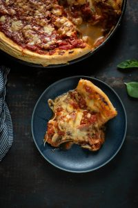 Chicago deep dish pizza with mushrooms, bacon & Cheddar recipe