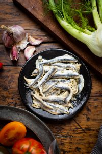 White anchovies for a Panzanella salad with white anchovies, fennel & capers recipe